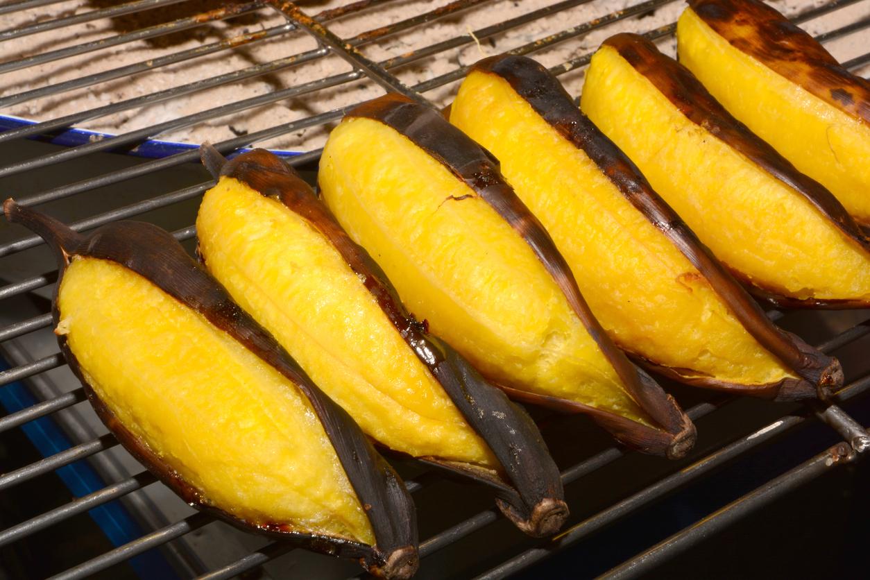 grilled bananas (Thai dessert)