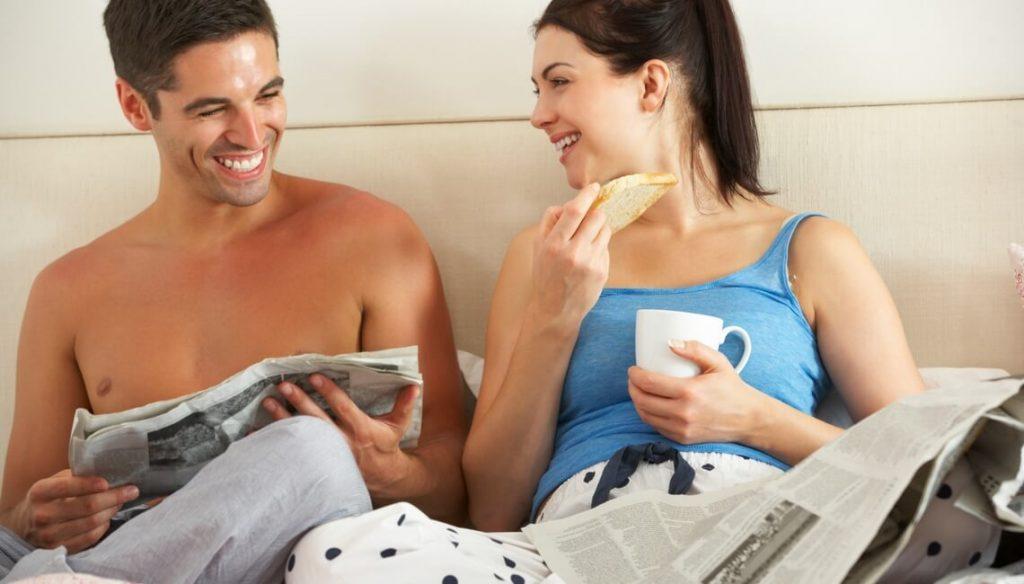 News slide - couple healthy meals