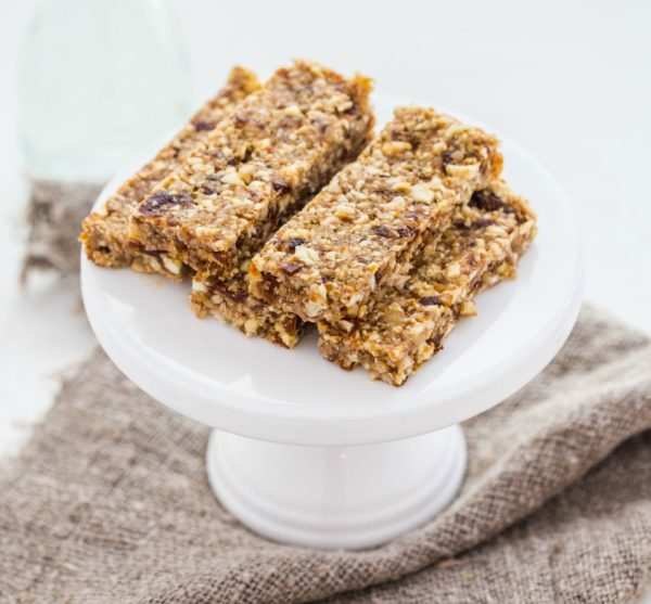 Healthy no bake date and nut bars