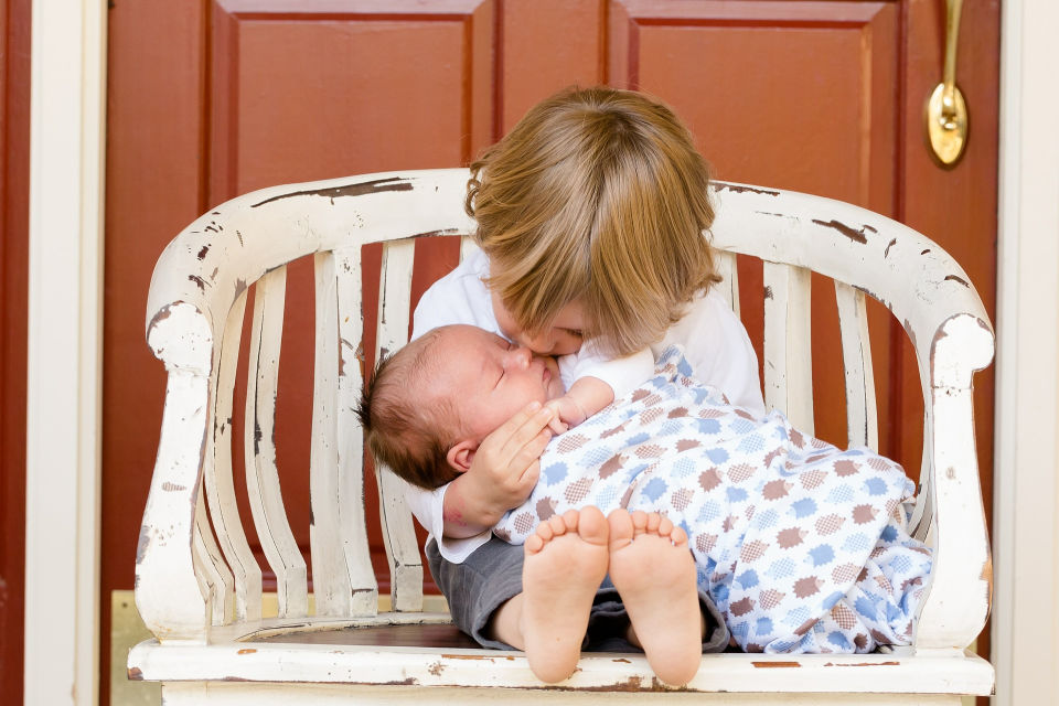 Having a brother helps lower your stress levels, study finds